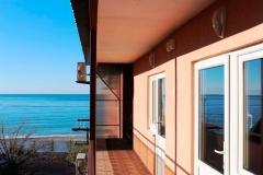 Мини-отель Самотлор - 45 шагов до моря