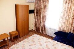 DBLroom (2-х местный с двуспальной кроватью)
