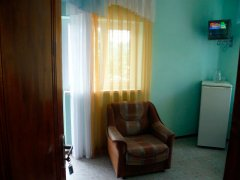 Стандарт однокомнатный семейный, пятиместное размещение (с балконом)